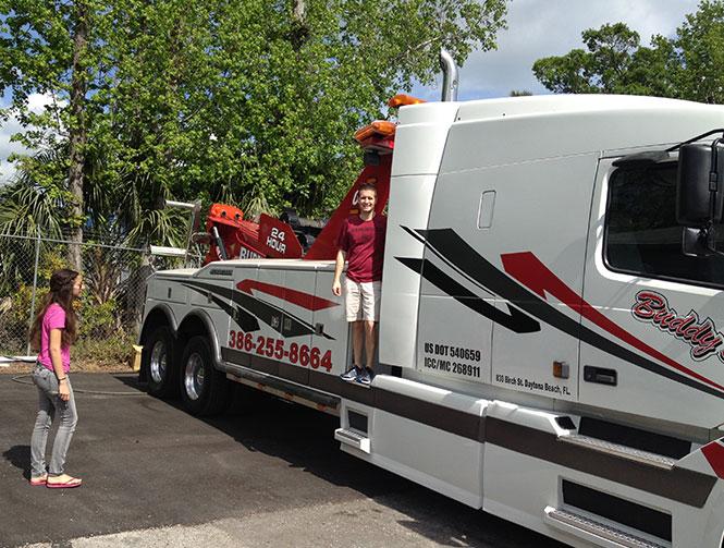 Tow Truckgirls